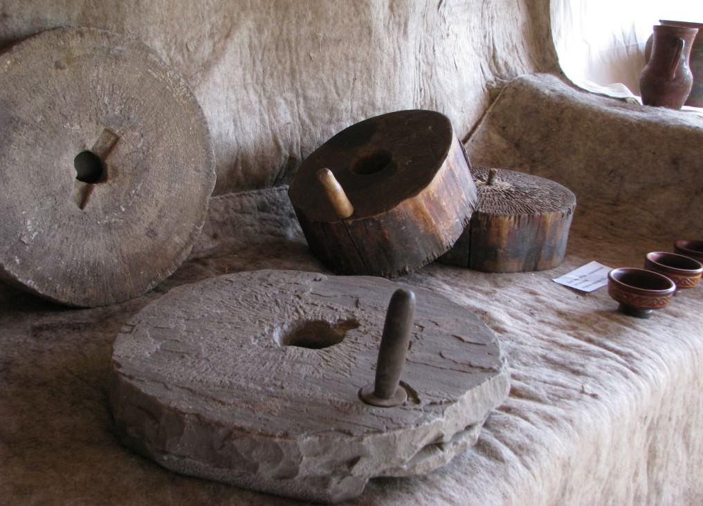 Как сделать каменный жернов фото 577