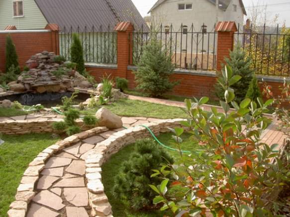 Ландшафтный дизайн ограды