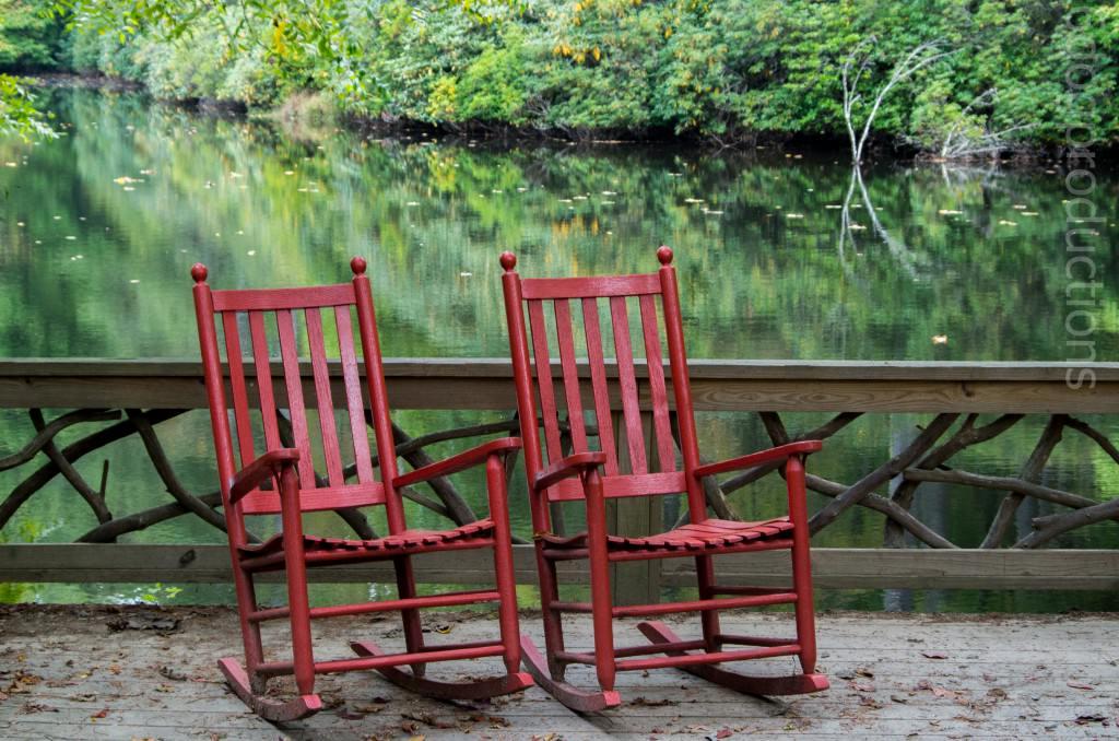 Фото кресло качалка на