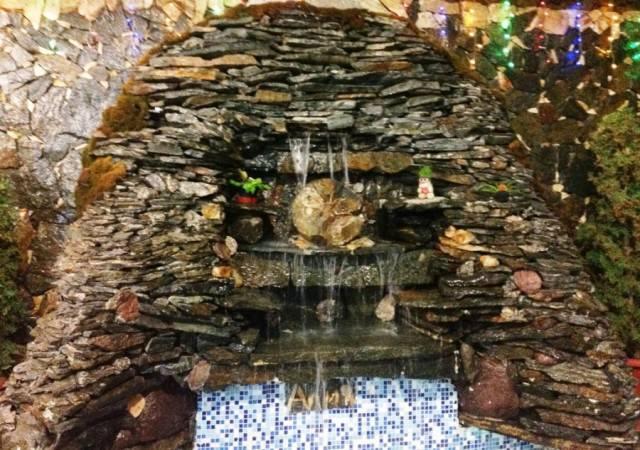 Мини фонтан по стеклу