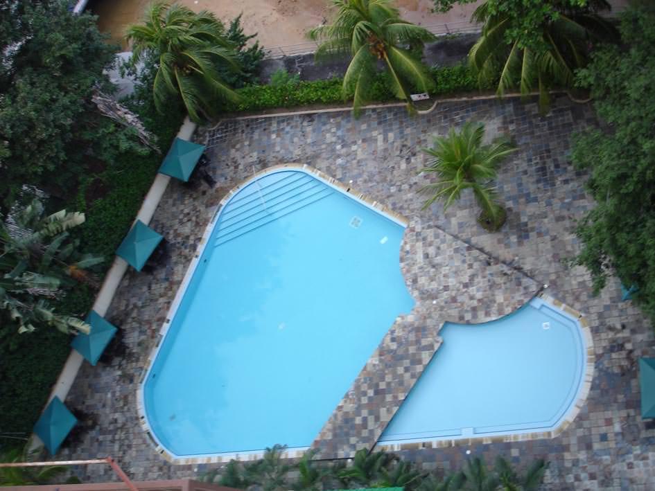 Средства для очистки бассейна без хлора