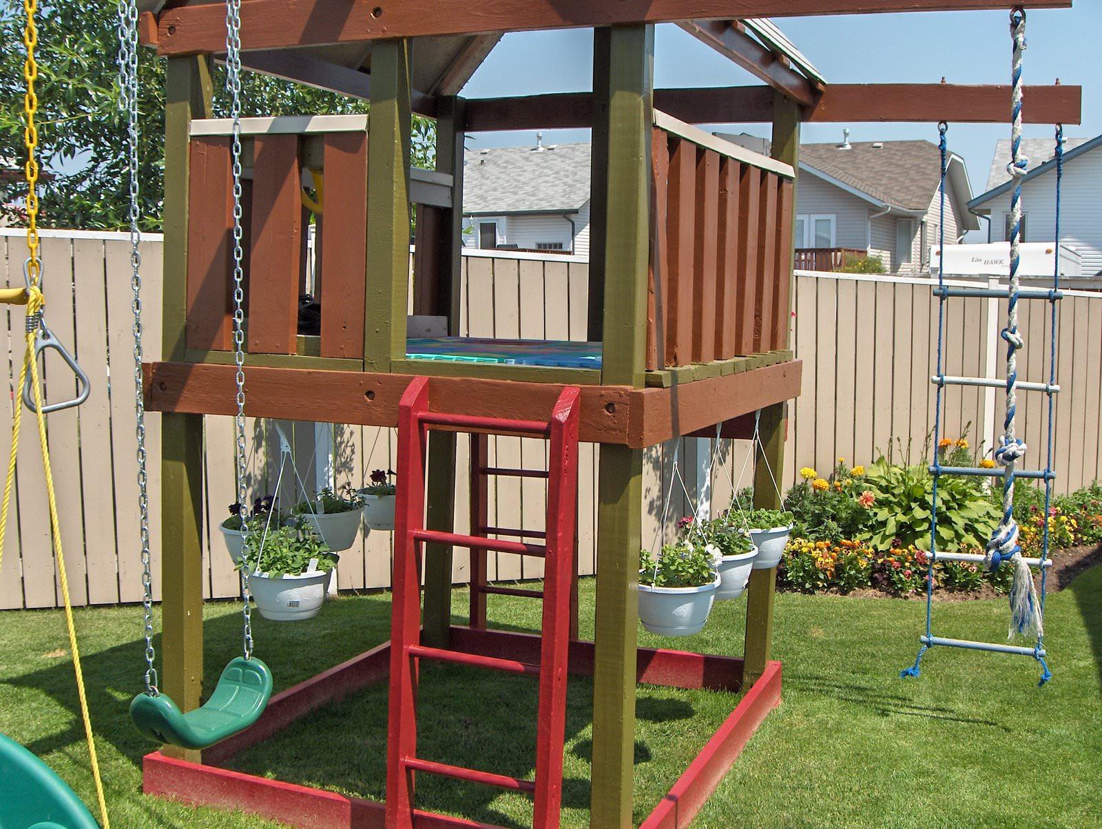 Как сделать детскую площадку для детей