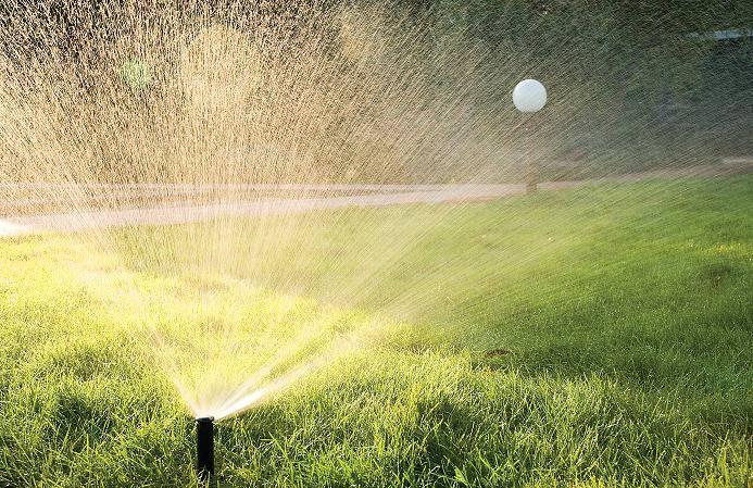 Система автоматического полива газона