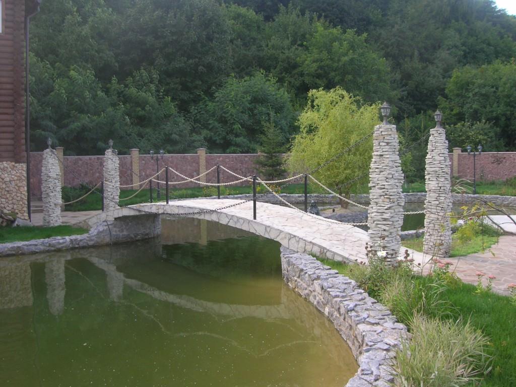 Искусственное озеро