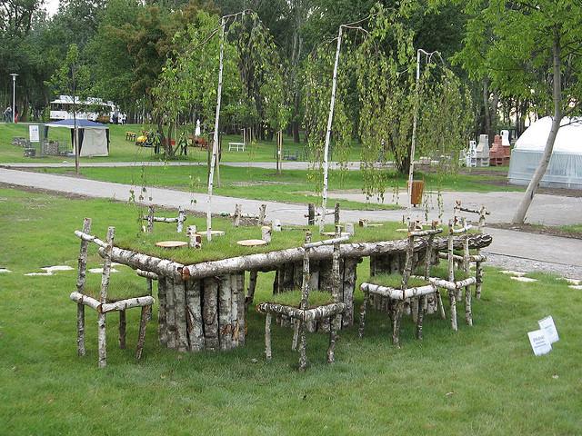 Столики для сада