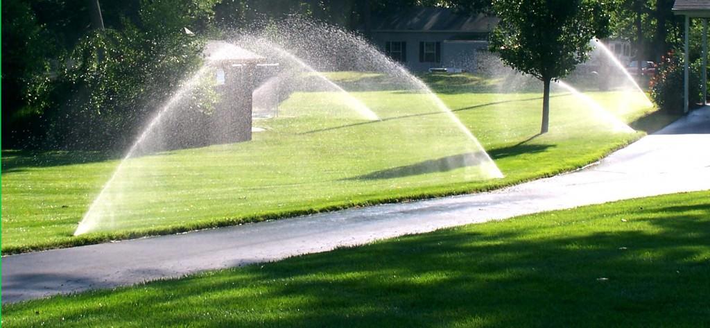 Все для полива газона
