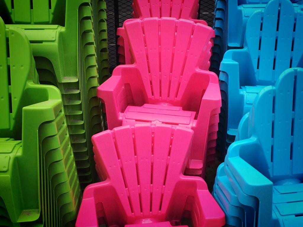 Мебель из пластмассы для дачи