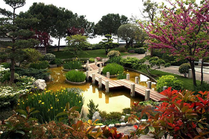 Средиземноморский (греческий) стиль сада