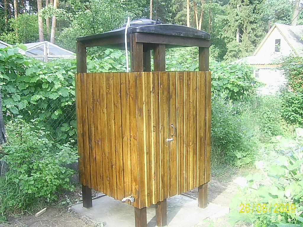 Деревянные душ для дачи