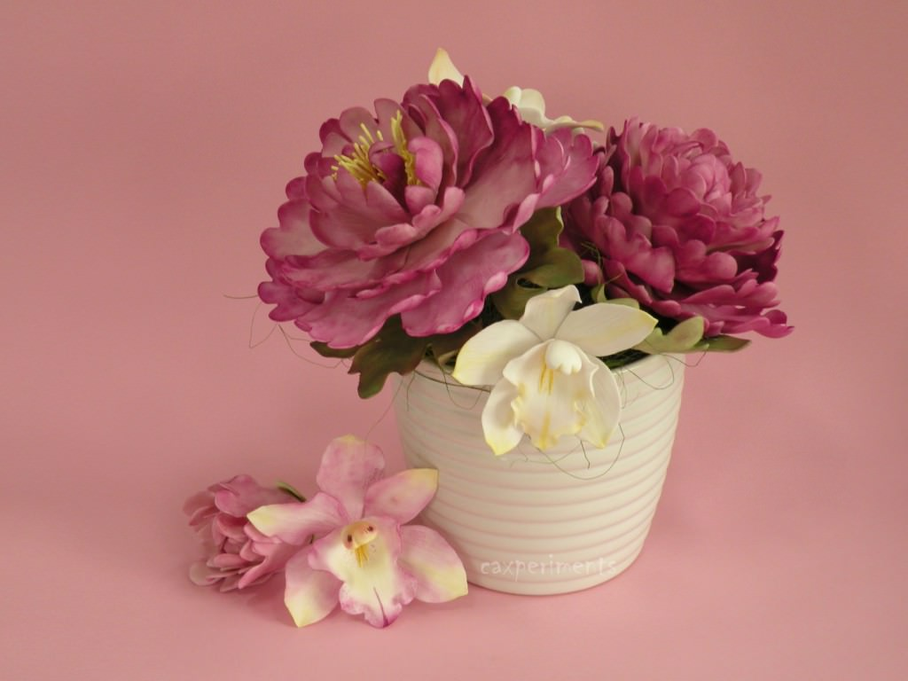 Как выложить мозаикой горшок для цветов?