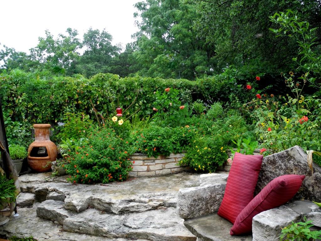 Красивые небольшие сады на маленьких дачах