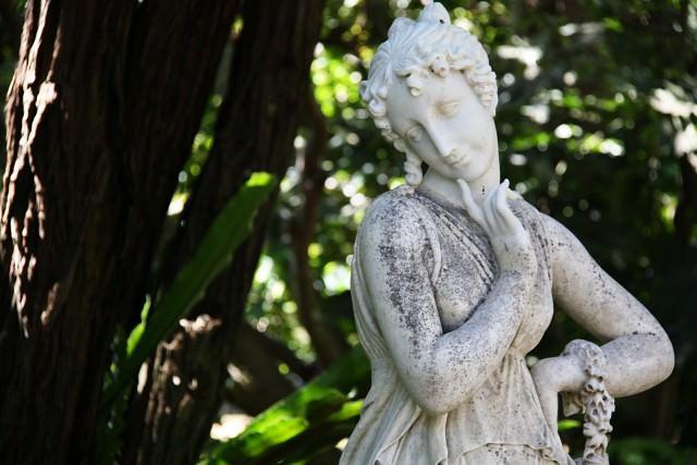 Картинка голых мужчин и Женщин скульптуры