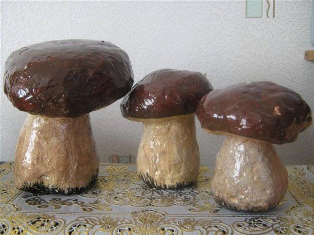 Садовые грибочки из гипса