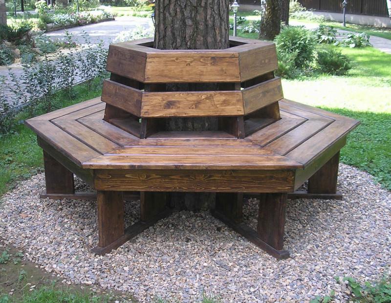 Как сделать шестигранную скамейку вокруг дерева?