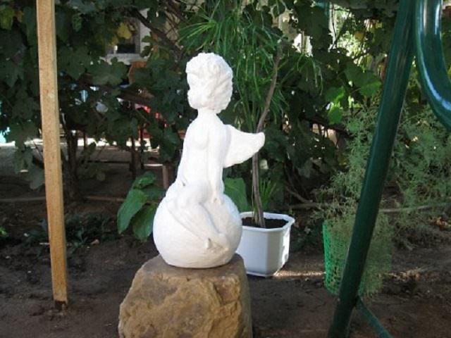 Садовые скульптуры своими руками с инструкция 4