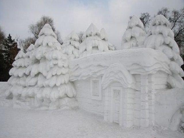 Как сделать красивые фигуры из снега?