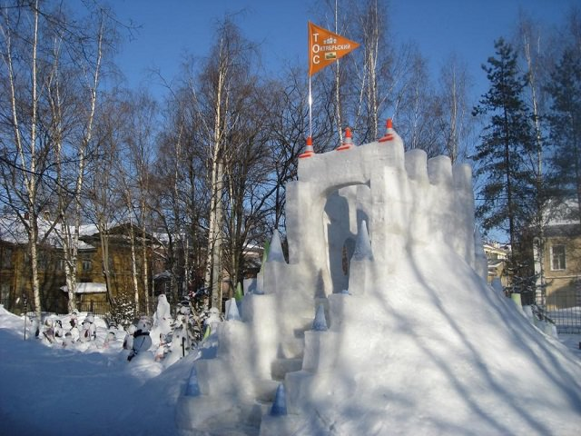 Снежные базы из снега
