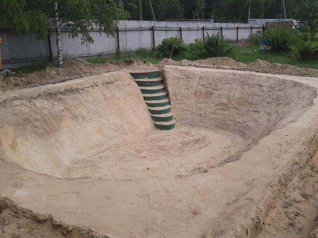Строительство пруда с купальней