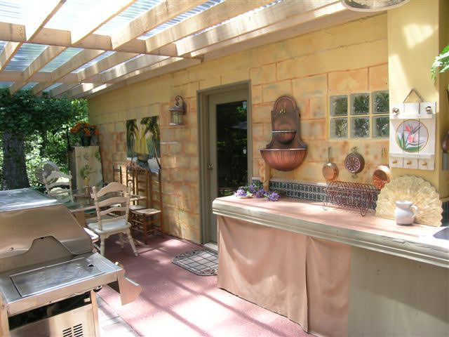 Интеръер простой летней кухни