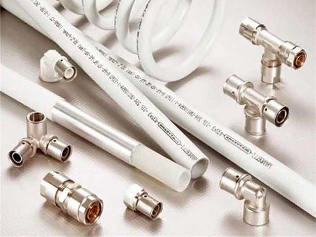 Трубы и фитинги для строительства водопровода
