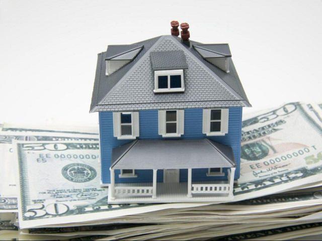 Дом в ипотеку стоит на пачке долларов