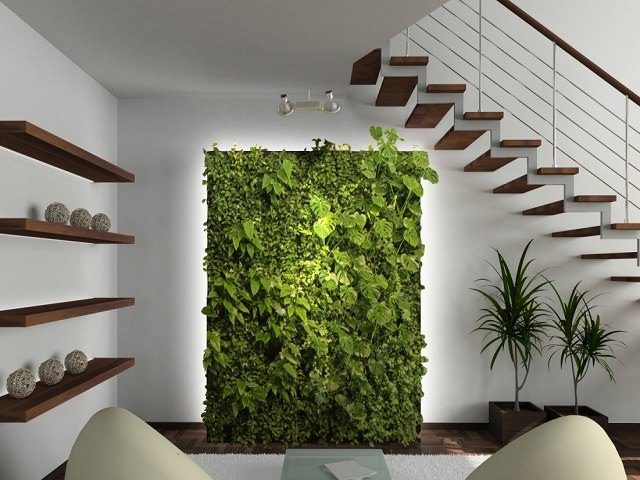 Вертикальное озеленение у лестницы