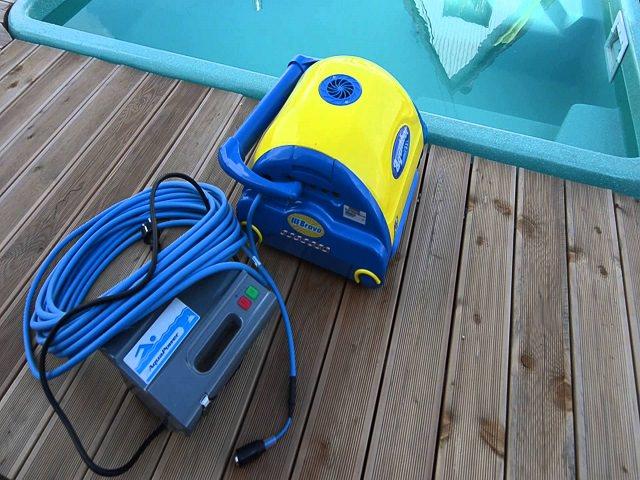 Робот пылесос для бассейна