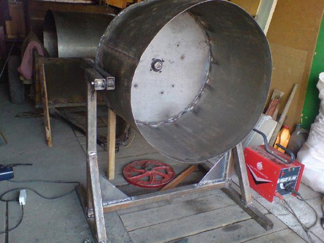 Как изготовить бетономешалку в домашних условиях?