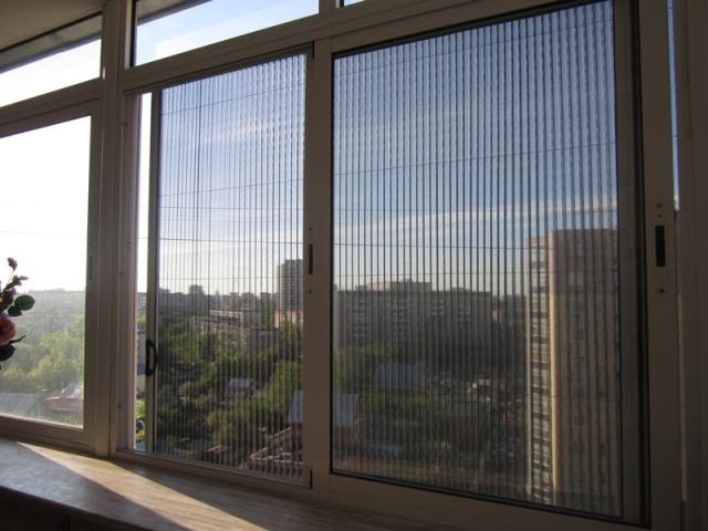Москитные сетки на пластиковые окна своими руками: как сдела.