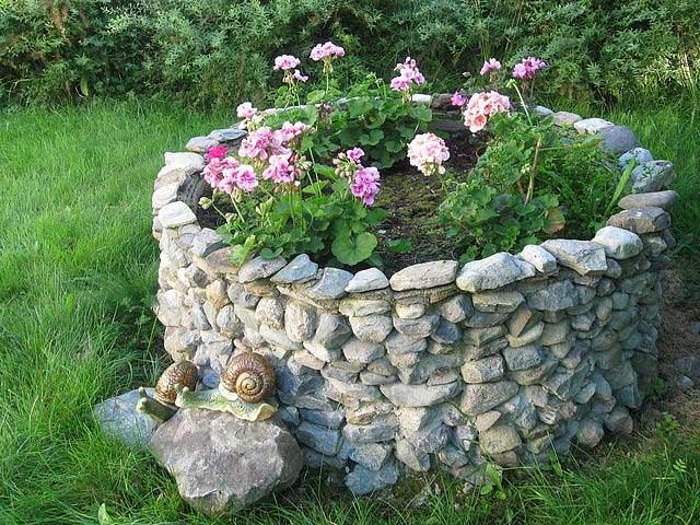 Садовые украшение своими руками