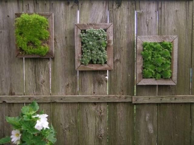 Подделки из декоративного зеленогомха