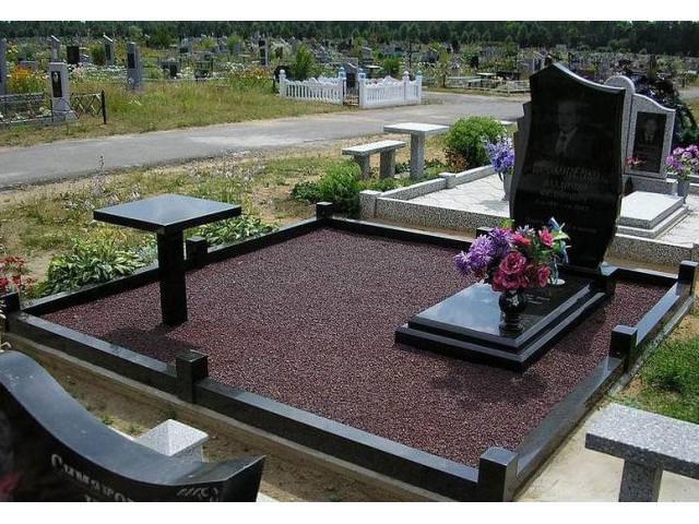Техника укладки тротуарной плитки на кладбище