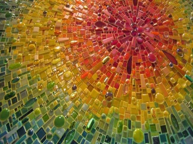 Мозаика на заборах