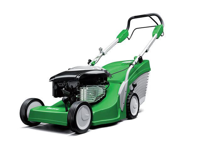 Бензиновая машина для стрижки газона