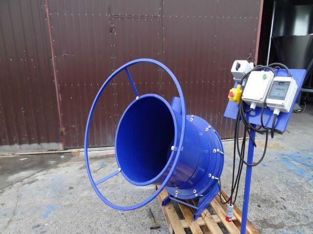 Электрическое устройство для перемалывания соломы и равы
