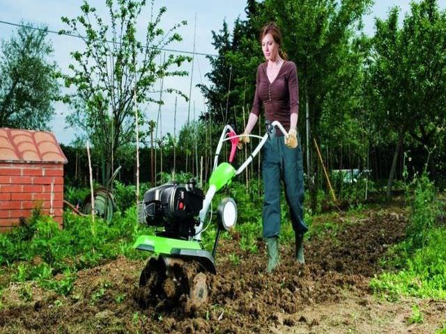 Сельскохозяйственная машина для дачного участка