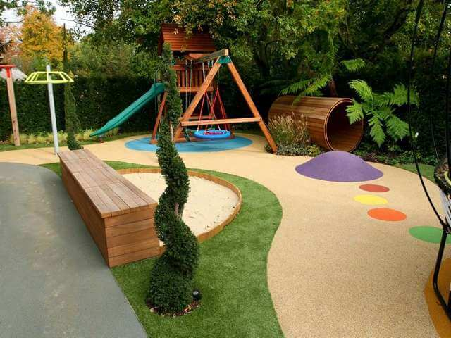 Детская площадка для игр