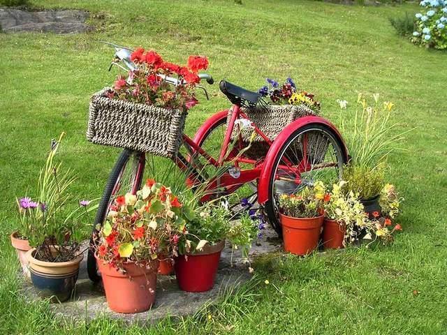 Композиция из старого велосипеда